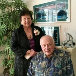Image shows Clairelee Leiser Bulkley and Ralph Bulkley at their home